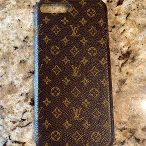 Knock-off Louis Vuitton iPhone 7/8+ case